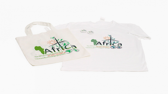 Display Tshirts And Bags