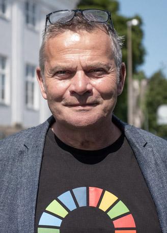 Dennis Ceo